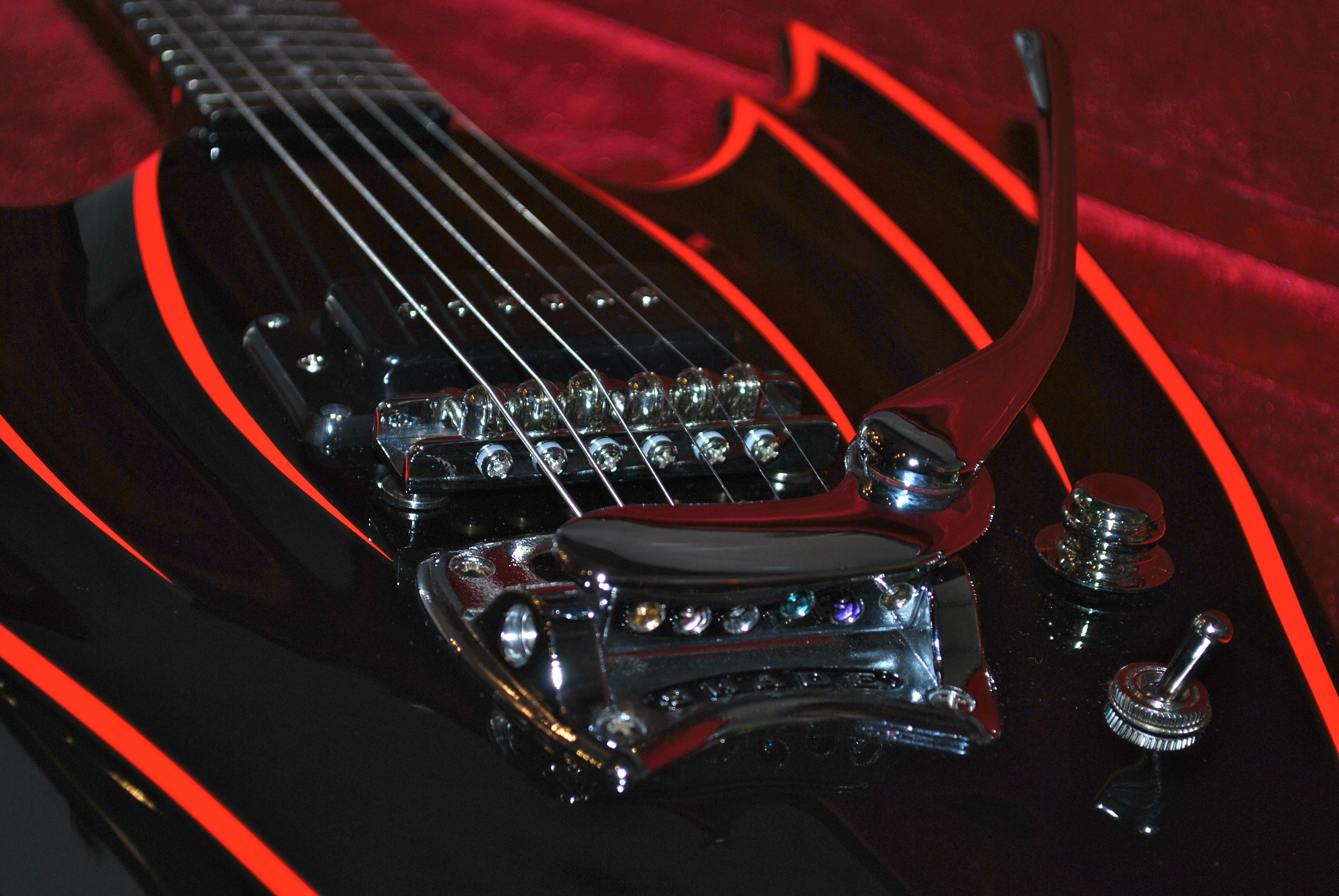 Wing-Bat by Hallmark Guitars